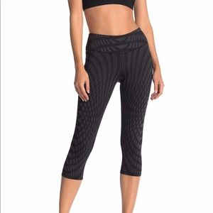 Alo Yoga Pants Black